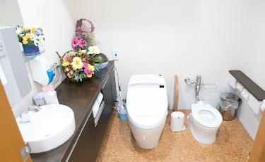 トイレ・パウダールーム2